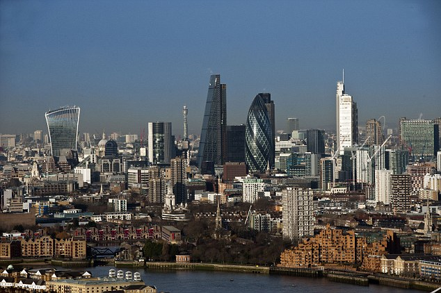 Fitch Ratings  has warned that UK property funds may slam shut the gates again