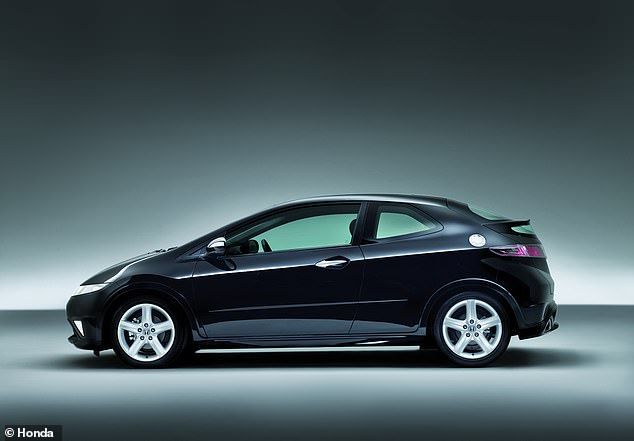 Battery issues were the cause of most problems with petrol-powered Honda Civics, though some more expensive defects have been cropping up with those that have covered over 60k