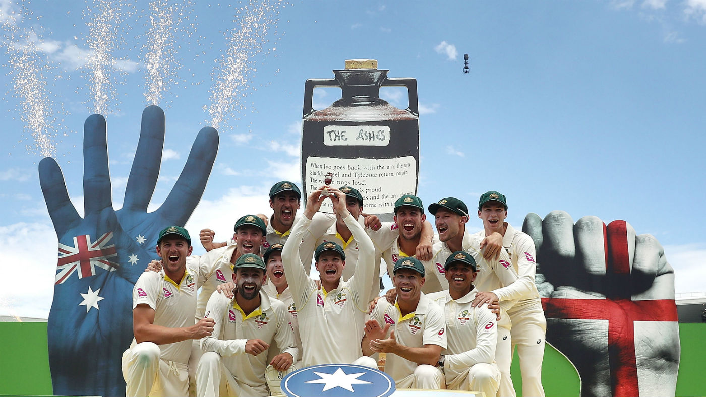 Australia celebrate their 4-0 win against England in the 2017–18 Ashes series