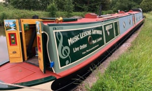 Andechs narrowboat which runs an online music school.