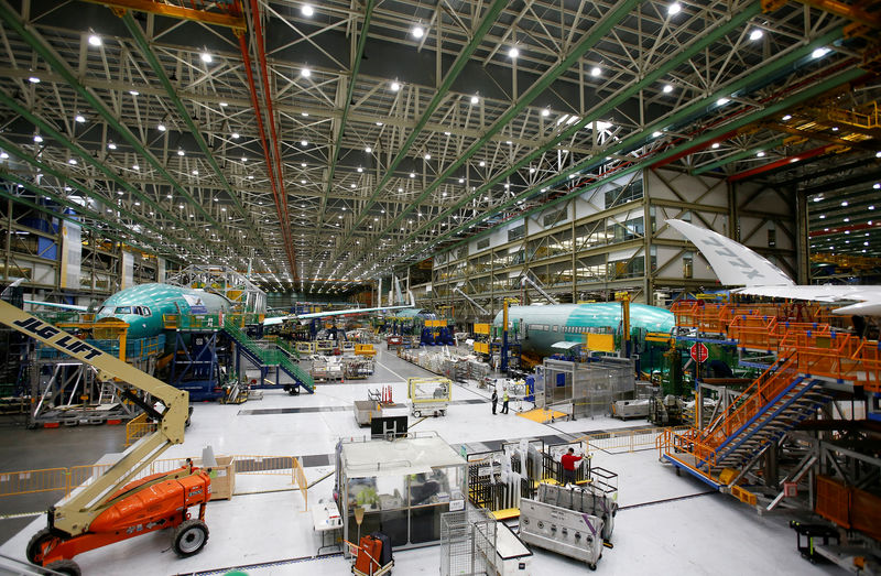 © Reuters. FILE PHOTO: Several Boeing 777X aircraft are seen in various stages of production during a media tour of the Boeing 777X at the Boeing production facility in Everett,