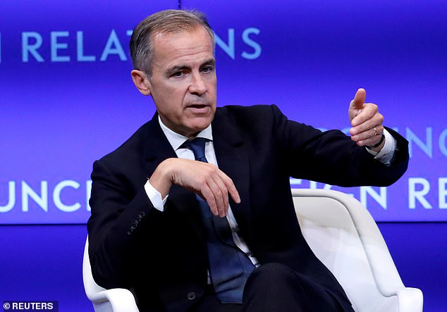 Bank of England Governor Mark Carney said that risks of an economic downturn have ¿gone up¿, but the authorities have the power to cope if the situation worsens