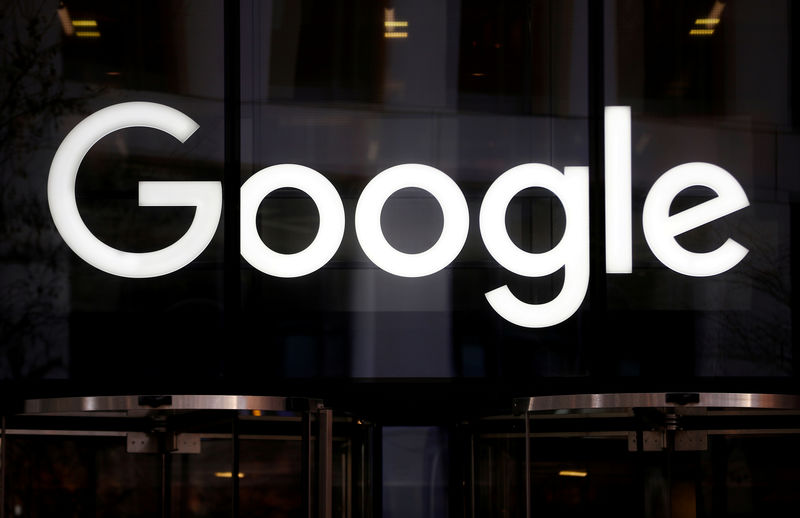 © Reuters. FILE PHOTO: The Google logo is pictured at the entrance to the Google offices in London