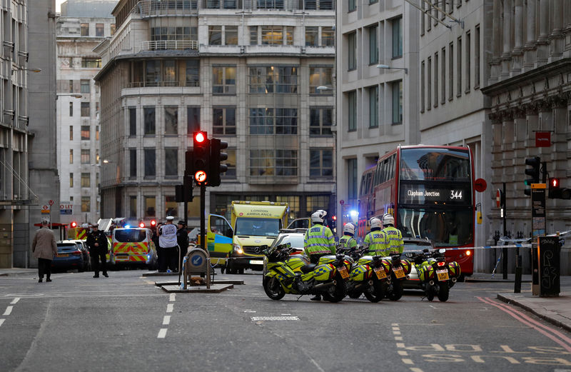 © Reuters. Emergency vehicles are seen in the City, near the site of an incident at London Bridge in London