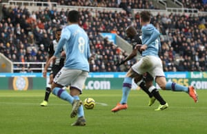 Jetro Willems takes aim before firing in the equaliser.