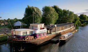 Charters floating barge Public House