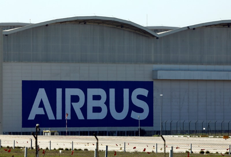 © Reuters. FILE PHOTO: An Airbus assembly plant in Seville, southern Spain