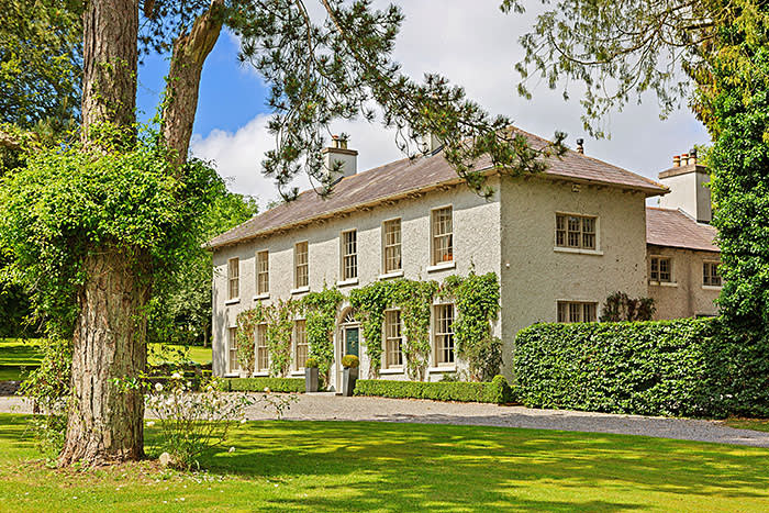 https://www.christiesrealestate.com/sales/detail/170-l-78051-1907031522138975/oldcourt-house-donadea-near-maynooth-co-kildare
